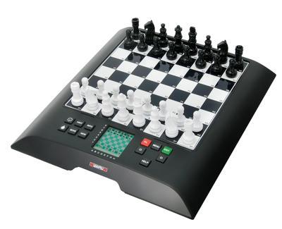 Millennium CHESS GENIUS Schachcomputer M810